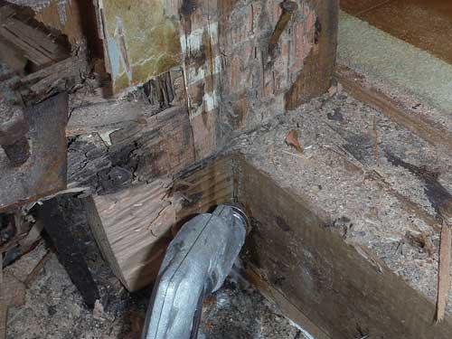 風呂場のシロアリ防除施工