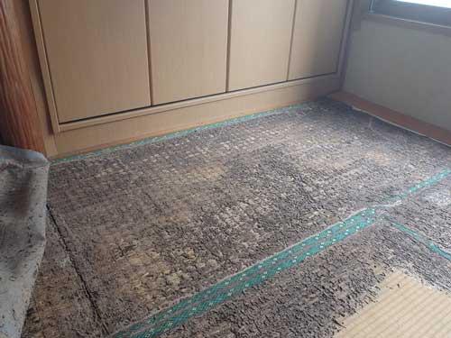 3階の和室のシロアリ被害(RC造り)