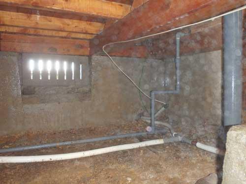 床下のシロアリ予防施工