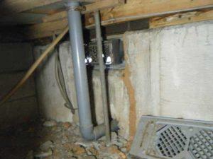 台所下の蟻道