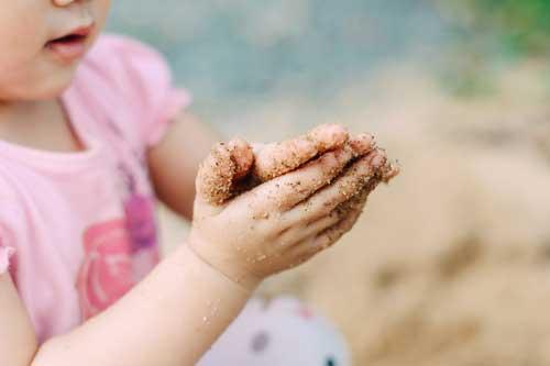 幼稚園の砂場